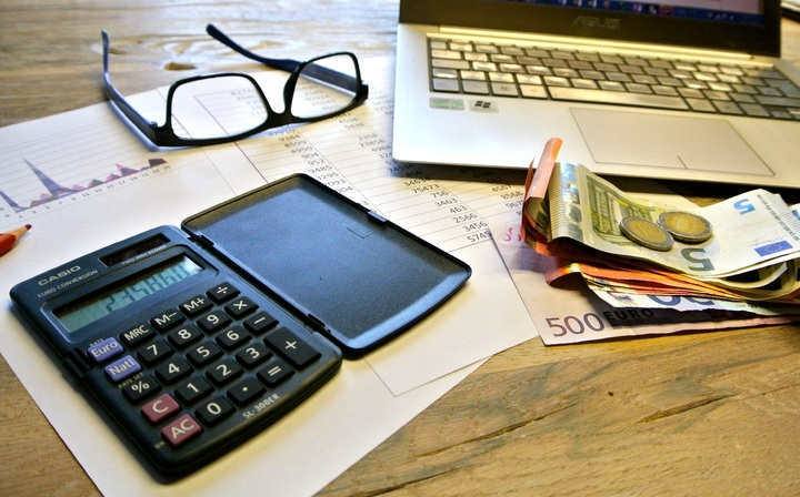 Calculating mortgage and housing costs to develop a budget image